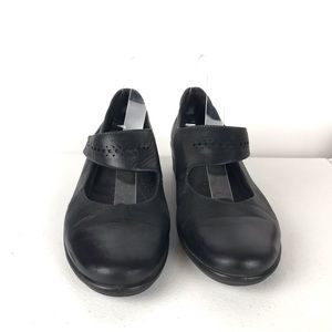ECCO Black Leather Mary Jane Shoes Elastic